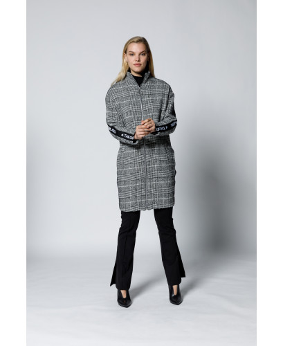 The Hypnosis overcoat-Black & White