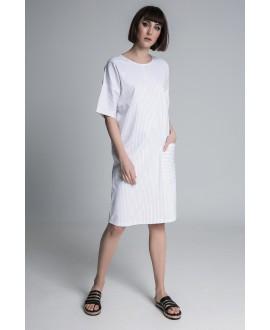 The midi pocket dress
