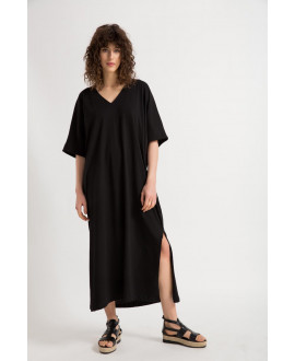 The Black Offbeat Dress