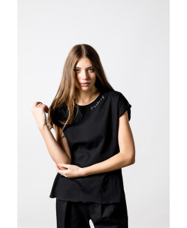 "The Black ""4T"" Top"