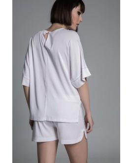 The white shorts