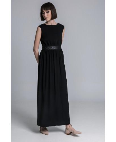 The lady dress